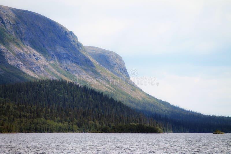 mountainside στοκ εικόνα με δικαίωμα ελεύθερης χρήσης