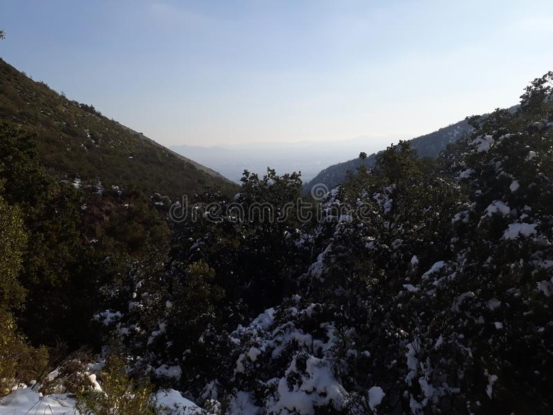 Mountais di Snowy fotografie stock libere da diritti