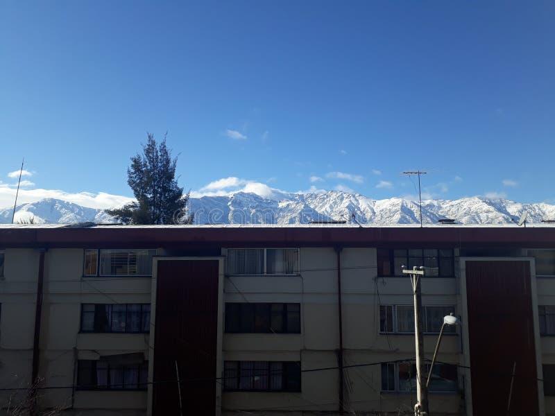 Mountais di Snowy fotografia stock libera da diritti