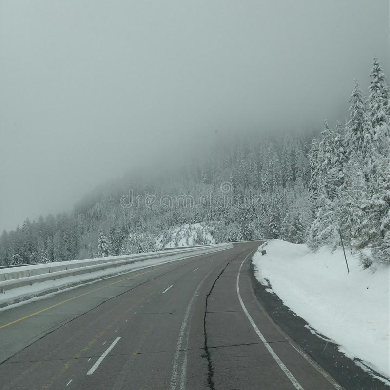Mountian snö arkivbilder
