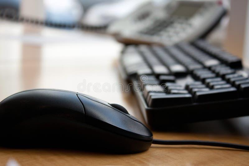 Mouse della tastiera di calcolatore dell'ufficio fotografia stock libera da diritti