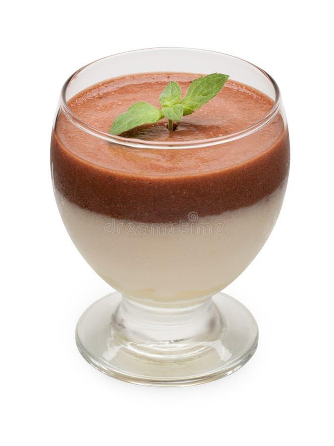 Mouss de lait chocolaté et d'oeufs photographie stock libre de droits