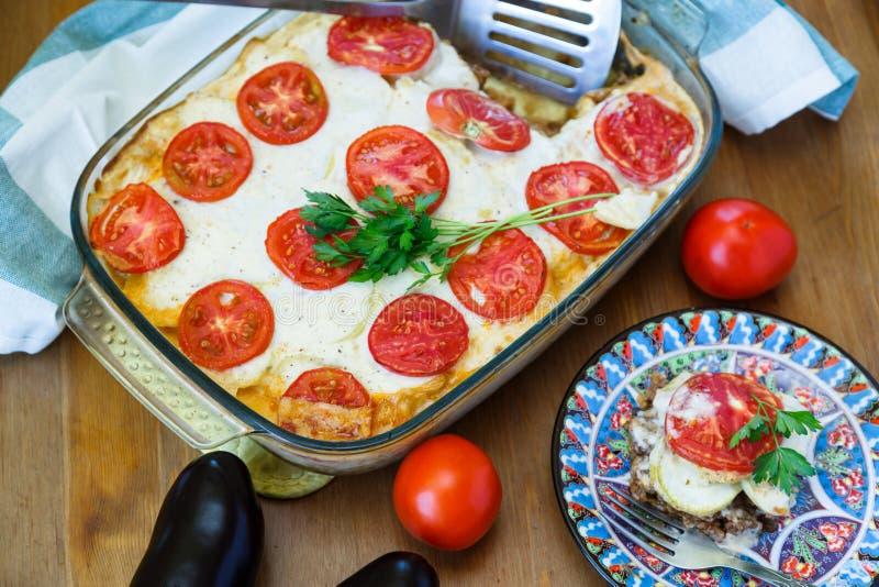 Moussaka - um prato grego tradicional foto de stock