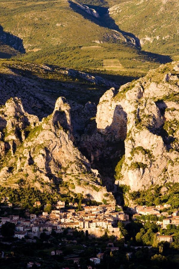 Moustiers Sainte Marie, Alpes-de-Haute-Provence Abteilung, Fra lizenzfreies stockbild