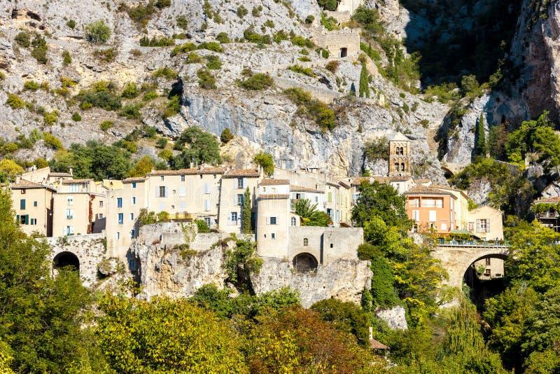 Moustiers Sainte Marie, Alpes-De-Haute-Provenceabteilung, Frankreich lizenzfreie stockfotos
