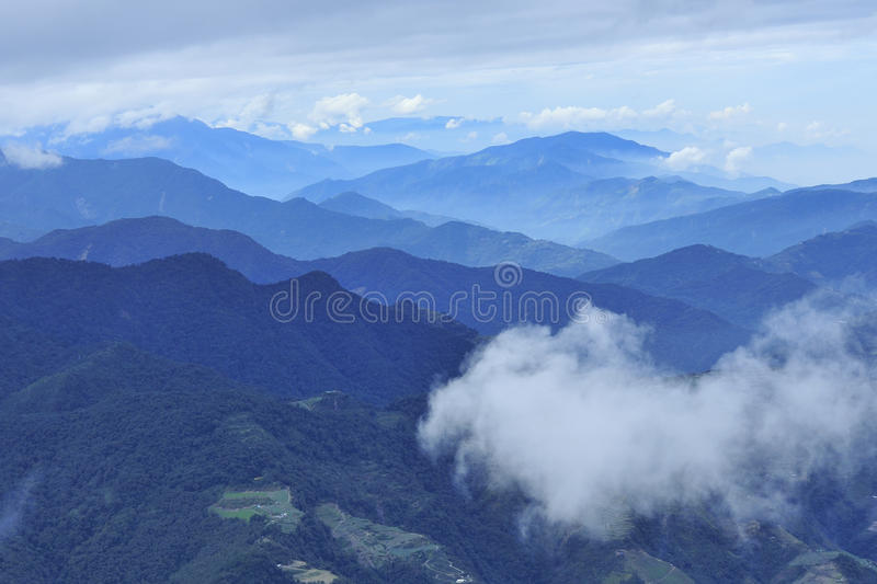 Moutain e nuvem fotografia de stock royalty free
