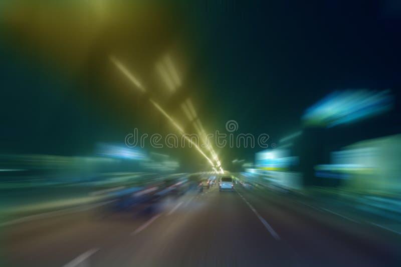 Mouvement ultra-rapide la nuit photo stock