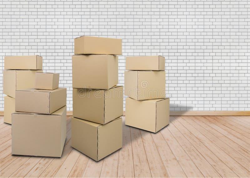 Mover-se na HOME nova Sala vazia com caixas da caixa imagem de stock royalty free
