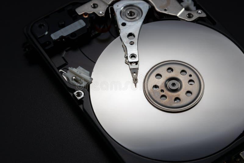 Movimentação aberta do disco rígido O conceito do armazenamento de dados imagens de stock
