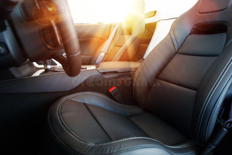 Movimentação convertível do carro fotografia de stock royalty free