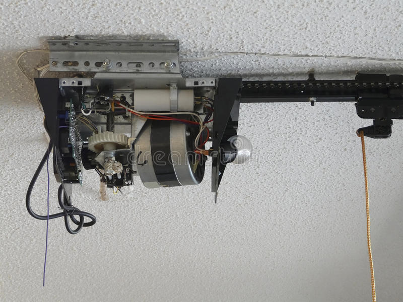 Movimentação da engrenagem do motor do abridor da porta da garagem imagem de stock royalty free