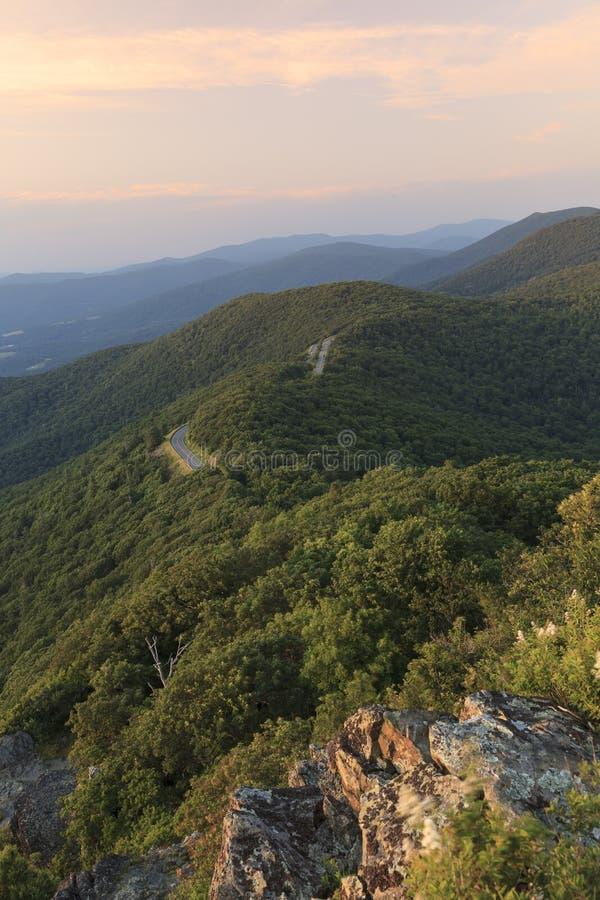 Movimentação da skyline e parque nacional de Shenandoah imagens de stock