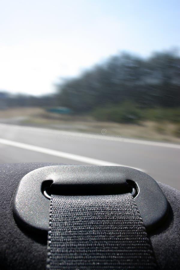 Download Movimentação segura imagem de stock. Imagem de seguro, correias - 110931