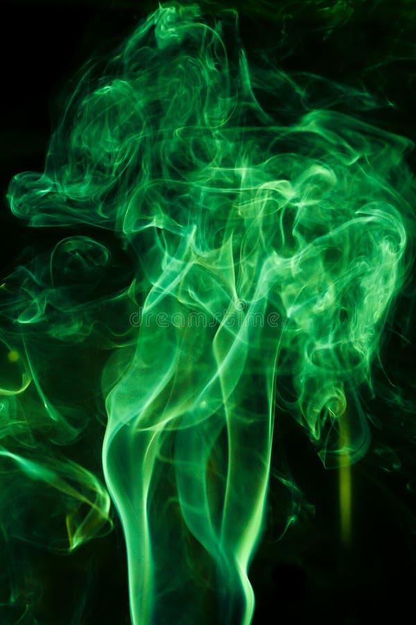 Movimento di fumo verde fotografie stock
