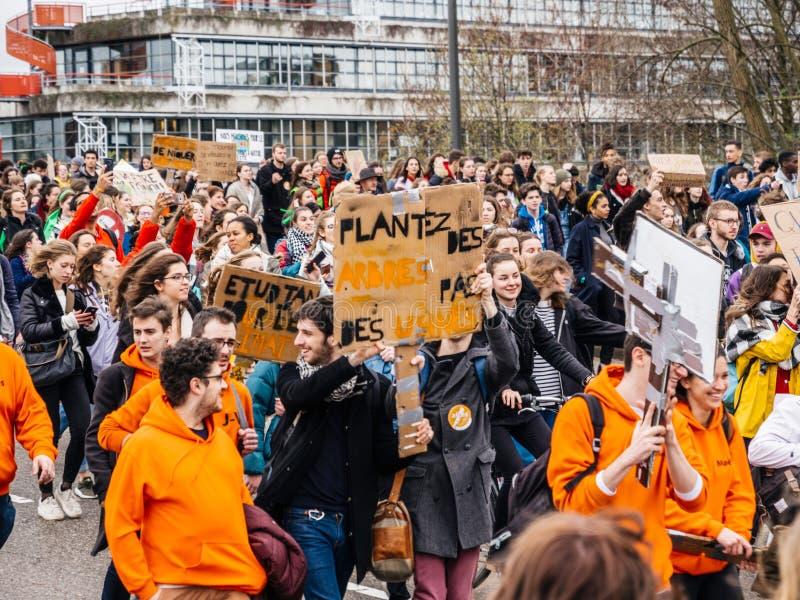 Movimento global sextas-feiras para o futuro acima da opinião os povos durante o protesto fotografia de stock