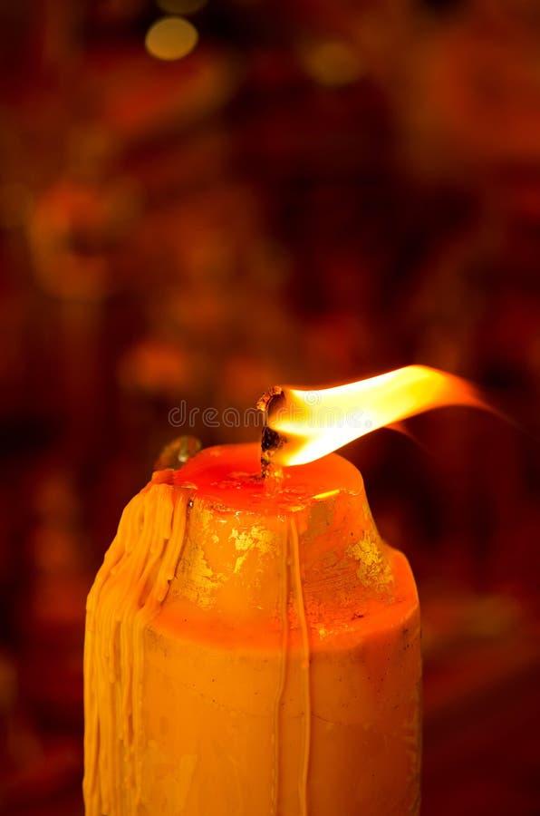 Movimiento De La Llama En La Vela Foto de archivo