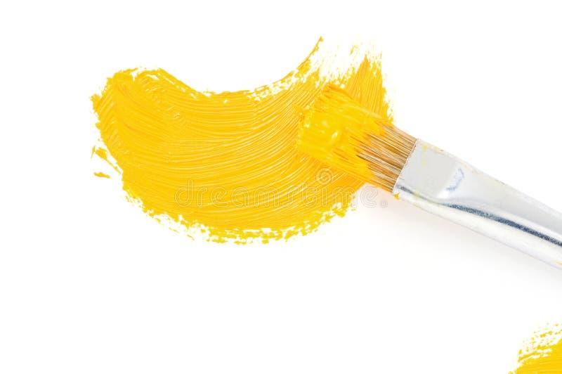 Movimiento de la pintura del cepillo y de petróleo en blanco imagenes de archivo