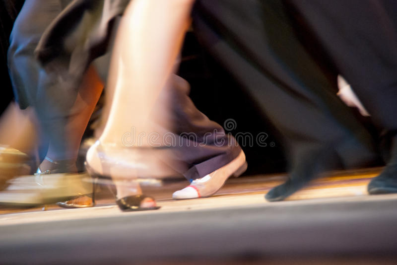 Movimientos de la danza fotografía de archivo libre de regalías