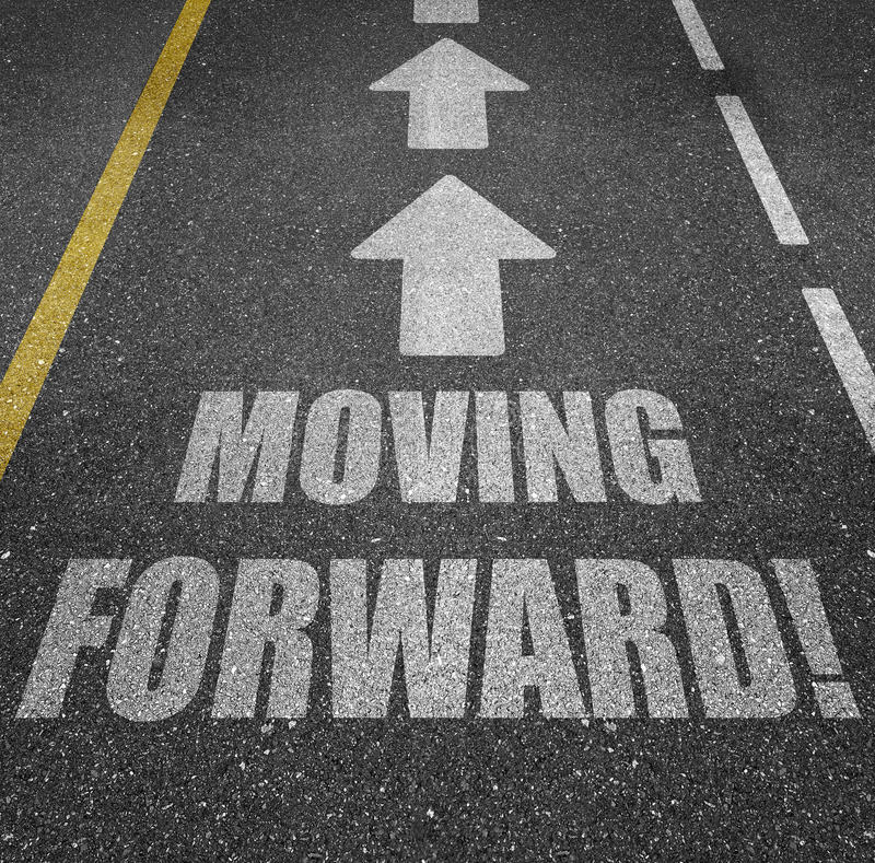 Free Moving Forward Road Markings With Arrow Royalty Free Stock Image - 89813916