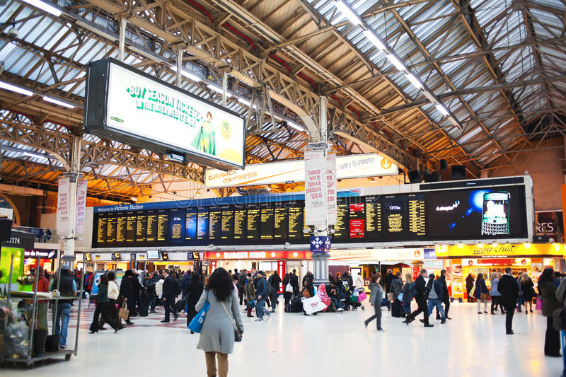 Download Moving People Inside A Train Station Editorial Image - Image: 34742475