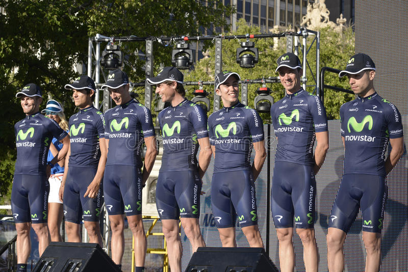 Download Movistar Professional Cycling Team Editorial Stock Image - Image of athlete, professional: 28731254