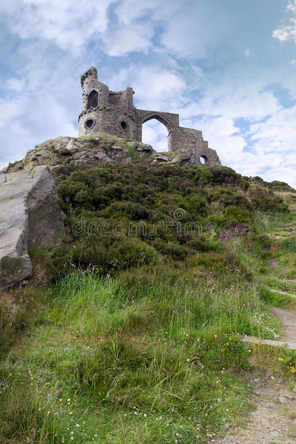Download Mow cop castle stock photo. Image of rocks, outpost, beacon - 21956328