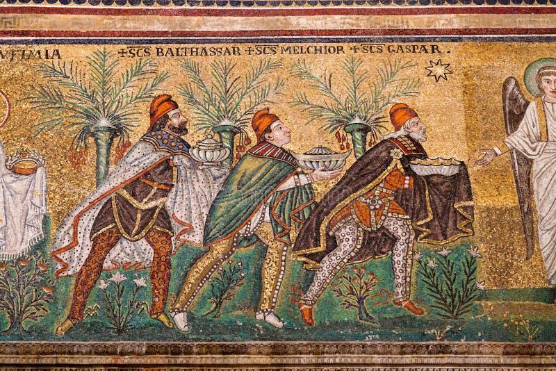 Mozaïek magi drie in Sant Apollinare Nuovo in Ravenna royalty-vrije stock foto's