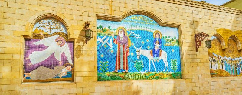Mozaïeken op de muren in Koptisch district in Kaïro, Egypte stock fotografie
