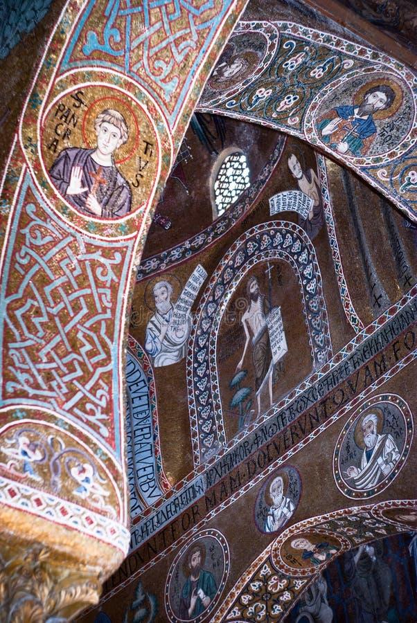 Mozaïeken van Cappella Palatina. De Palatine Kapel in Norma stock foto