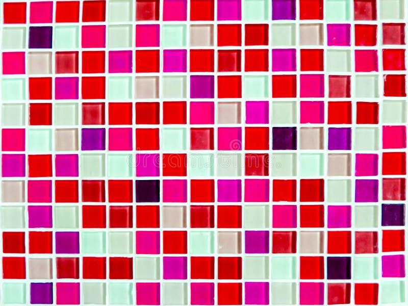Mozaiki ściany płytki magenta menchii brzmienia koloru zbliżenie zdjęcia stock