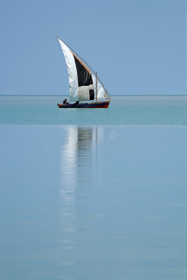 Mozambicaanse dhow stock afbeelding