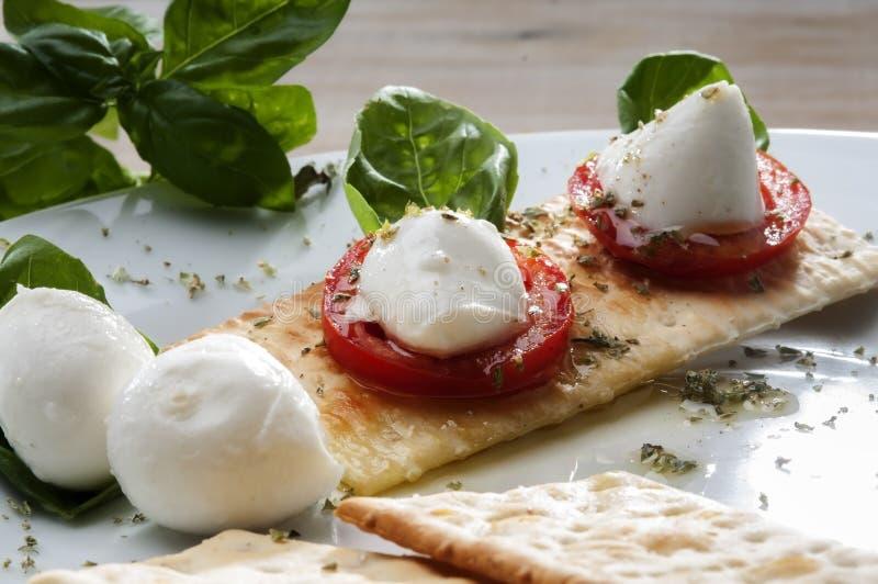 Mozzarelli typowa Włoska zakąska fotografia royalty free