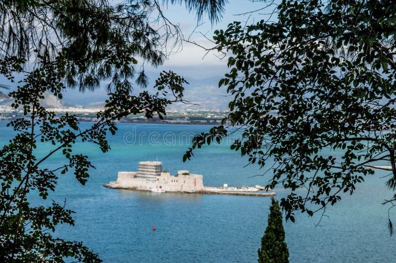 Mpourtzi slott i Grekland arkivbilder