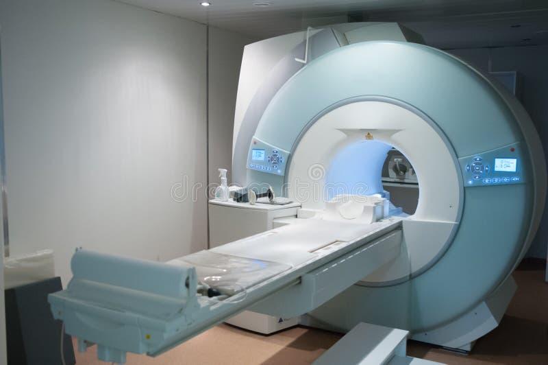 MRI-maskin Medicinsk utrustning i ett sjukhus arkivbilder