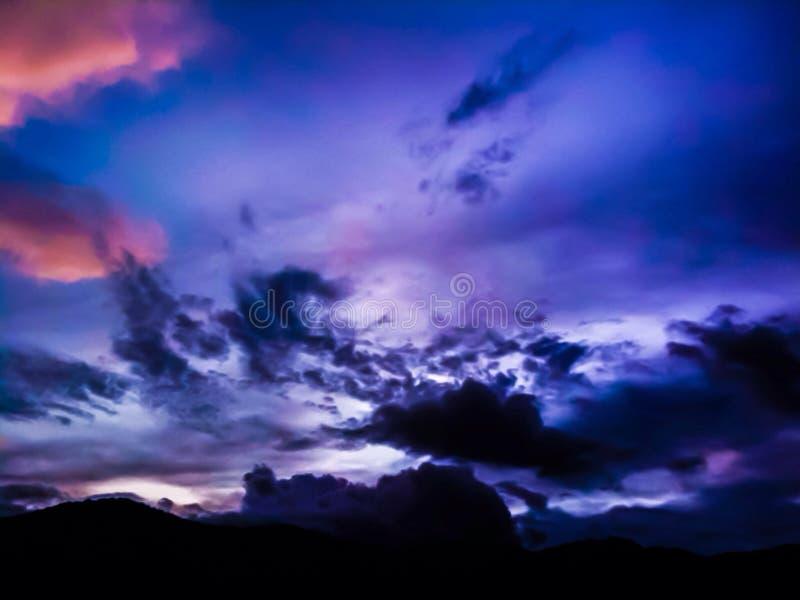 Mroczny niebo obrazy royalty free