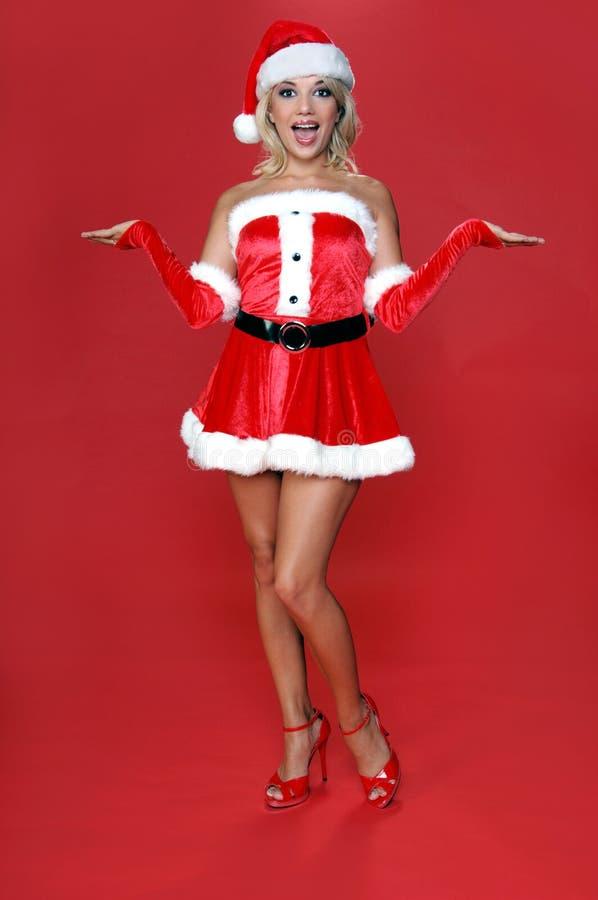 mrs santa axelryckning royaltyfri fotografi