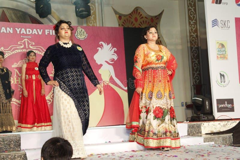 mrs Show för Bhiwadi NCR Faishon - Raman Yadav royaltyfri fotografi