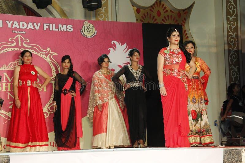 mrs Show för Bhiwadi NCR Faishon - Raman Yadav arkivbild