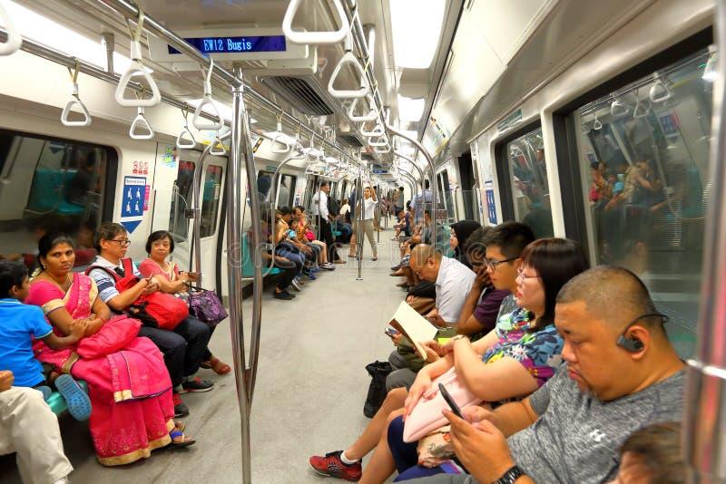 MRT för Singapore gångtunnelvagn royaltyfri bild