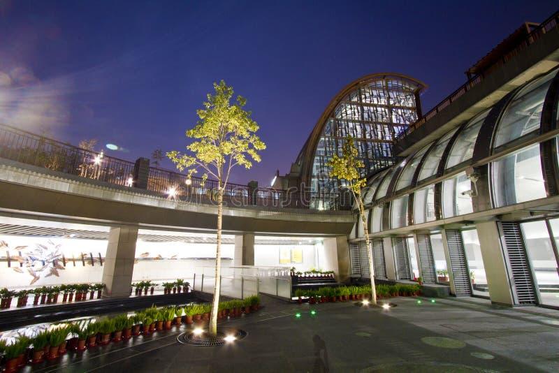 MRT van Taipeh post (Daan Park Station) stock foto's
