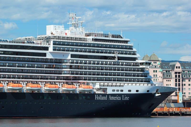 Ms Koningsdam, ett holländskt kryssningskepp i Oslo, Norge arkivfoton