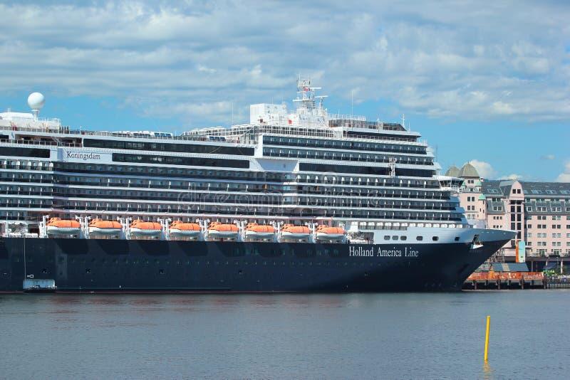 Ms Koningsdam, ett holländskt kryssningskepp i Oslo, Norge arkivbilder