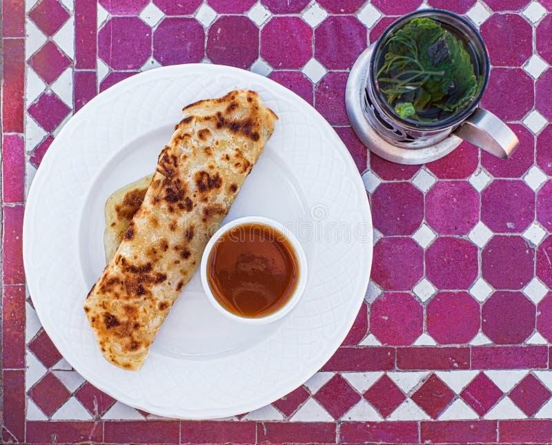 Msemen, flatbread typique de Berber du Maghreb de cuisine image libre de droits