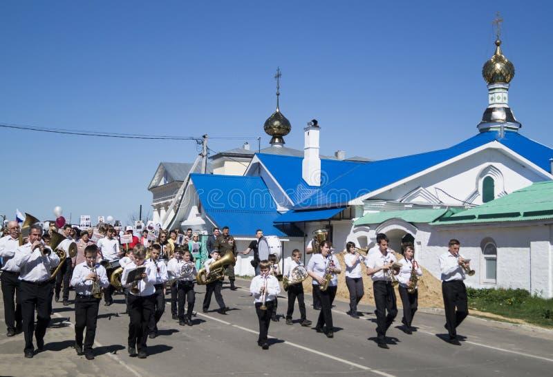 Mstyora, Russia-maggio 9,2015: Processione festiva in onore del giorno della vittoria fotografia stock