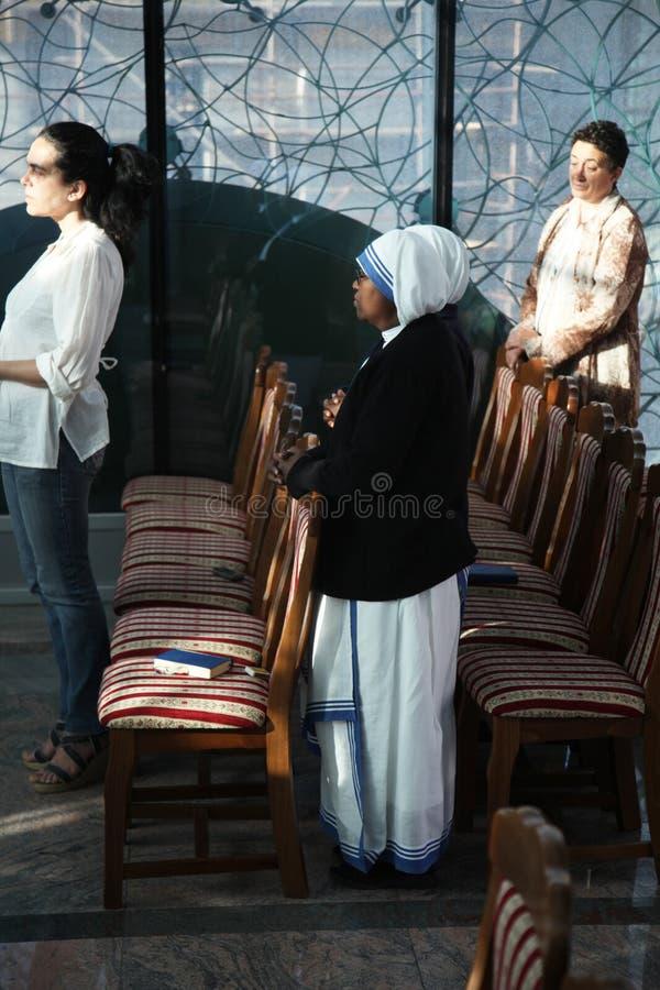 Msza w kaplicie w Macierzystym Teresa pomnika domu w Skopje obraz stock