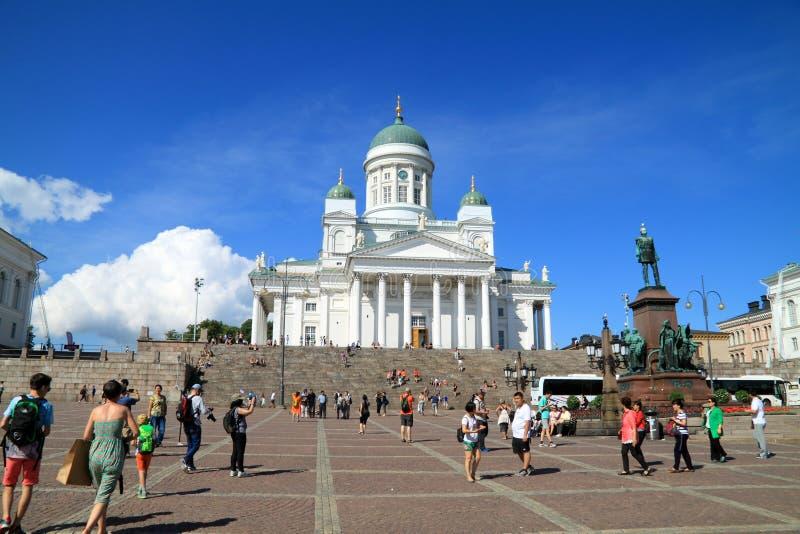 Mszalna turystyka w Finlandia, katedra Helsinki obrazy royalty free