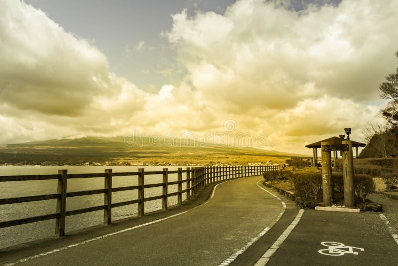 Mt富士和湖,最著名的地方在旅行的日本 图库摄影