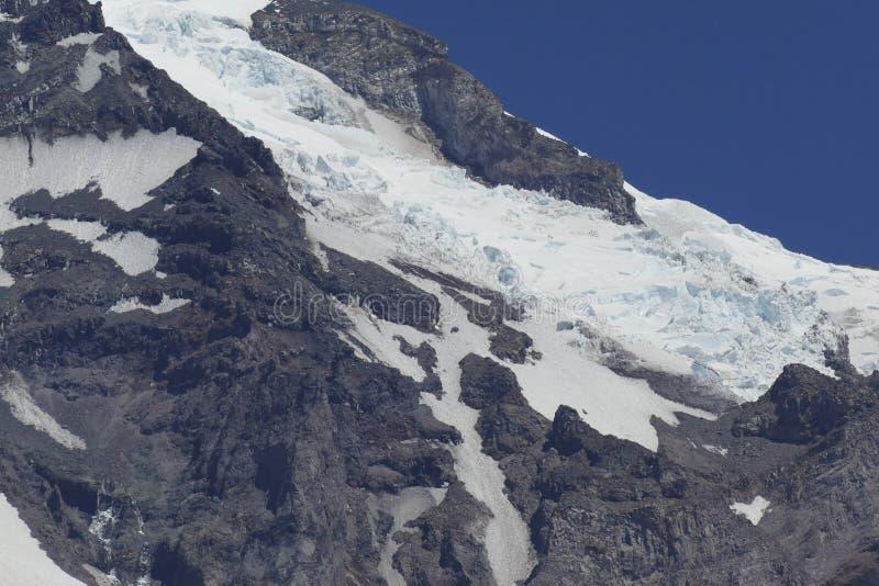 Mt更加多雨的陈列山顶Cowlitz和天堂冰川 免版税库存图片
