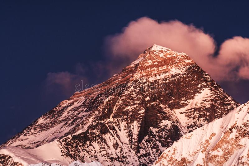 Mt珠穆琅玛日落 库存图片