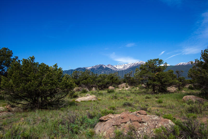 Mt Ейль от к востоку от Рекы Арканзас в Колорадо стоковые изображения